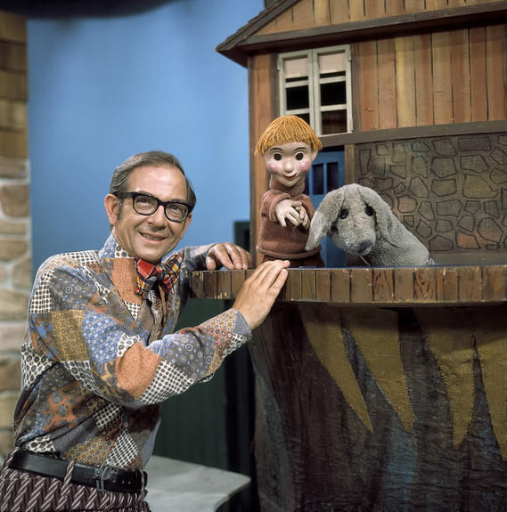 large_Mr_Dressup_70s