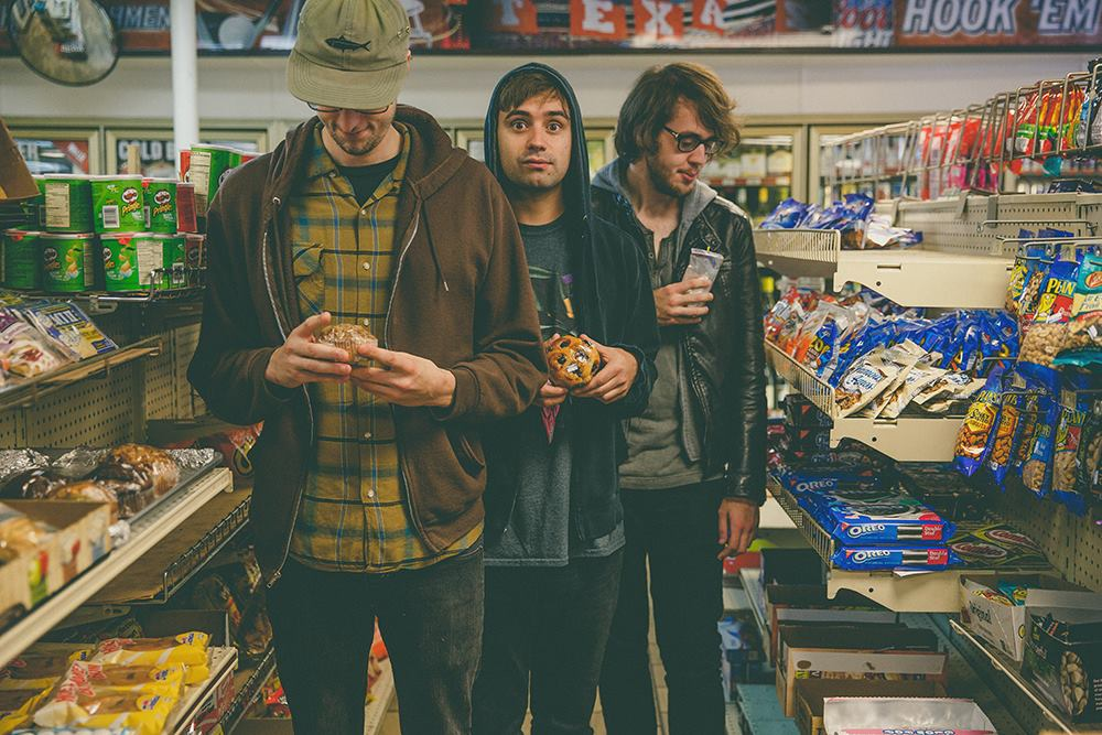Mundo Musique: Cloud Nothings and BMBSHL
