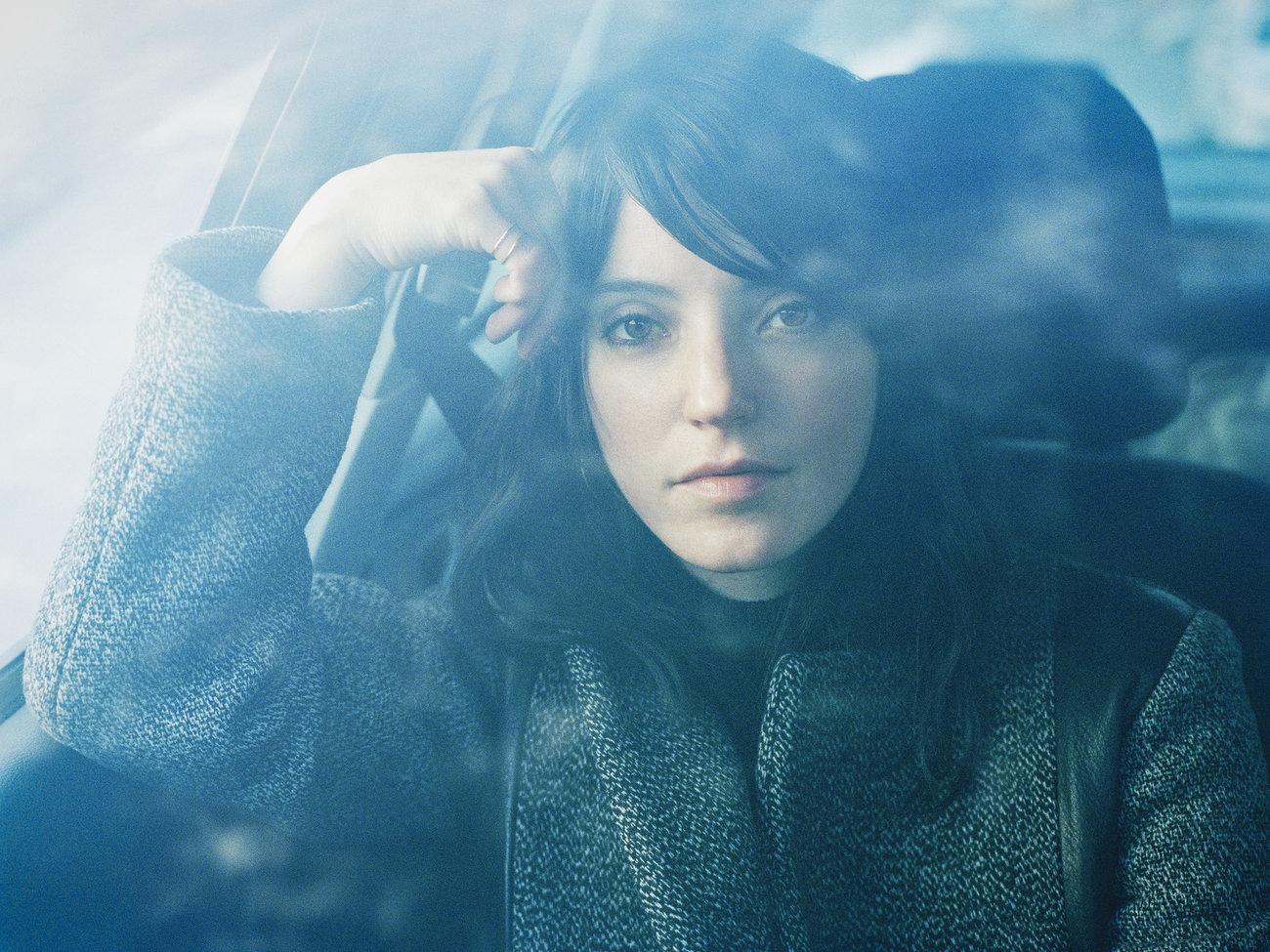 Mundo Musique: Stream Sharon Van Etten's upcoming record 'Are We There'