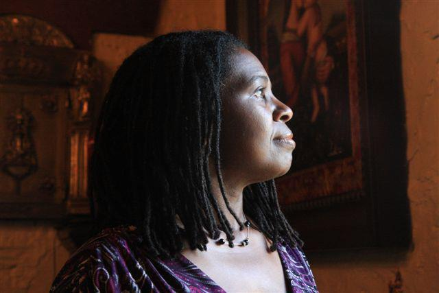 "New Single: Ruthie Foster, ""Singing the Blues"""