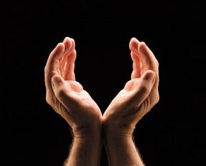 Hands_Front2