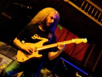 The-Aristocrats-Guthrie-Govan-hsv-composed-scaled
