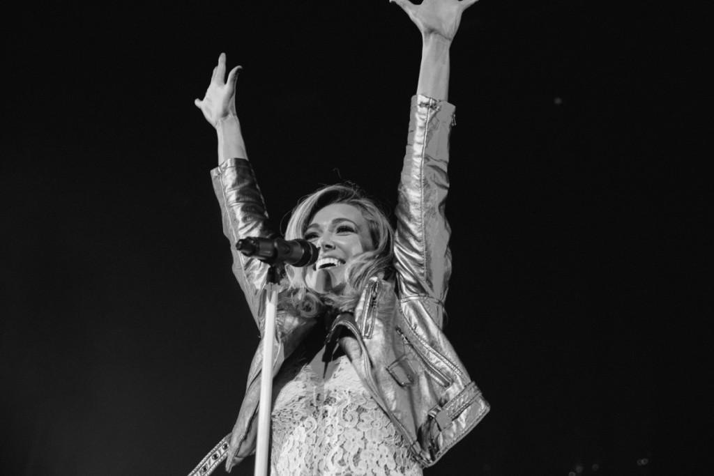 Rachel Platten Wildfire Tour Review (photo essay) - The Revue