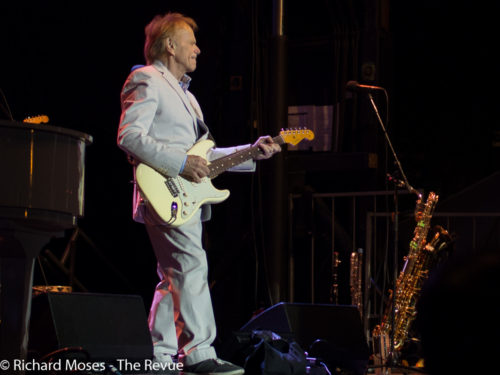 Al Jardine performing with Brian Wilson